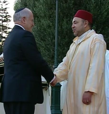 עשרות אלפי אנשי עסקים ישראלים כבר מושקעים במרוקו וההסתערות על מרוקו רק מתגברת Malcolm-Hoenlein-Jewish-Organizations-Mohammed6-Morocco