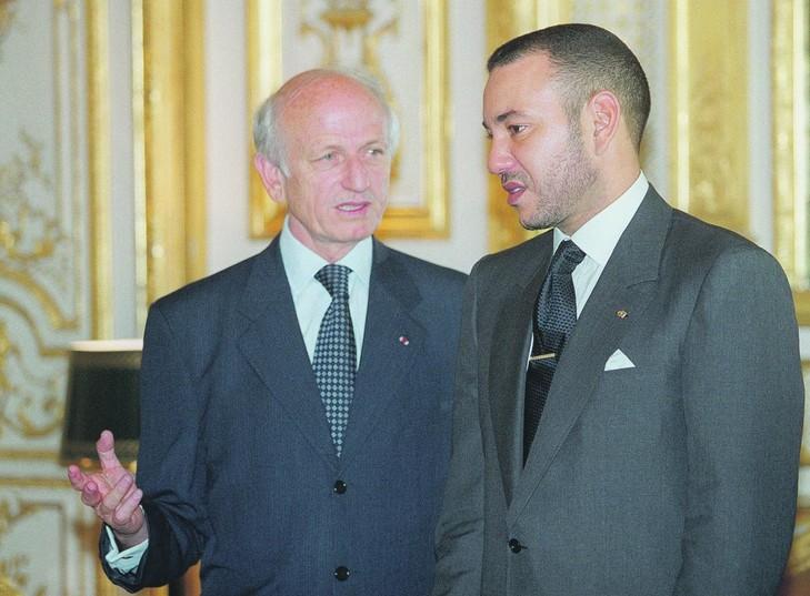 עשרות אלפי אנשי עסקים ישראלים כבר מושקעים במרוקו וההסתערות על מרוקו רק מתגברת Maroc-Mahomed-VI-entretient-Andre-Azoulay